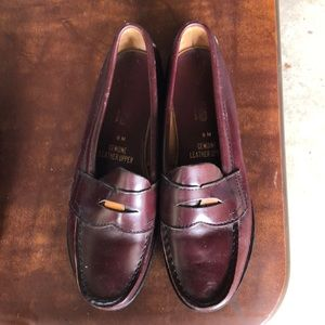 East land pennyloafers